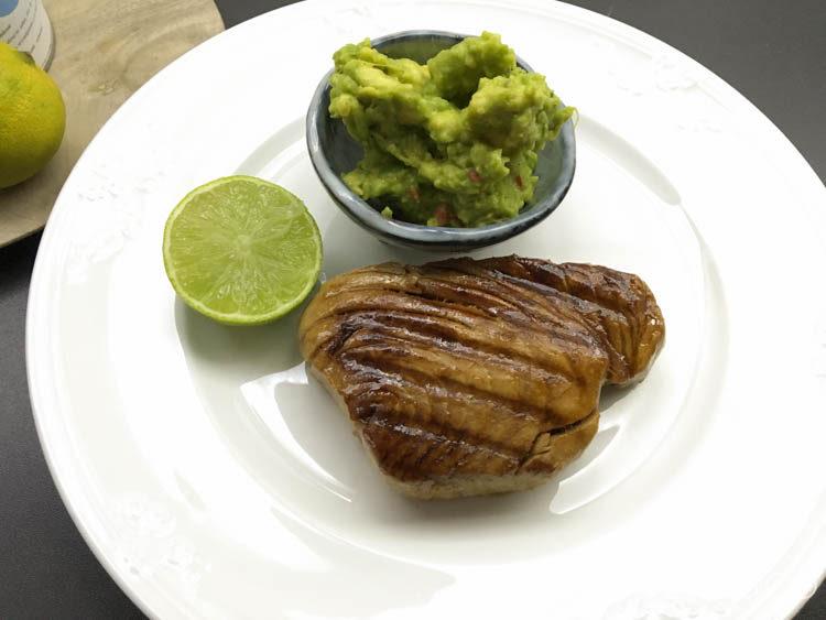 thunfisch mit avocado