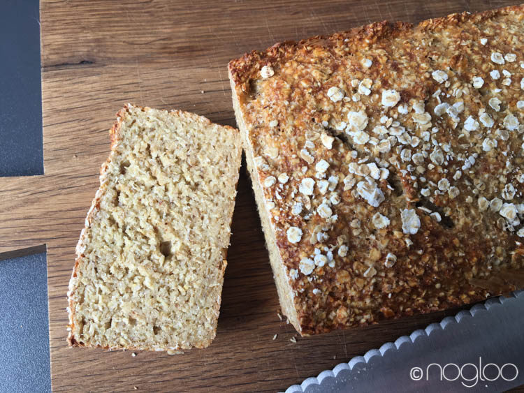 Glutenfreies Haferflocken-Quark-Brot