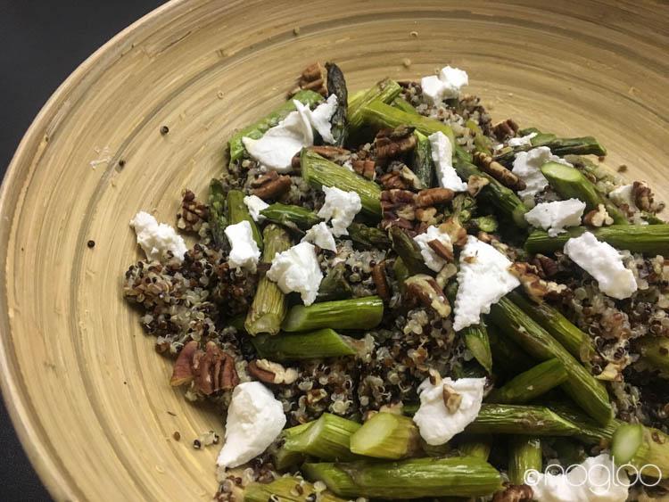 Quinoa Salat mit Spargel